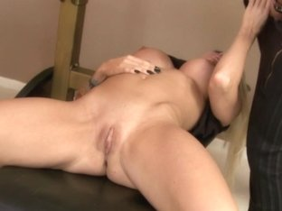 Perfect blonde MILF gets fucked in the face