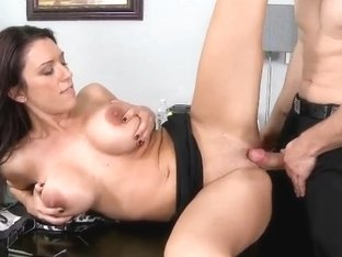 Man fucks his sexual female boss in an office