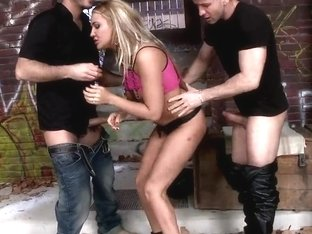 Blonde mistress Goldye Divine fucking with two hungry dudes in the gateway