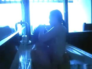 Asian couple makes a sextape in the bathtub
