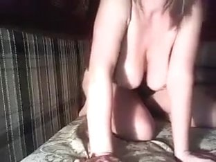 Jezafina shows off her ass and tits