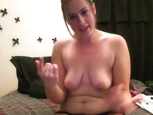 Webcam Girl goes topless