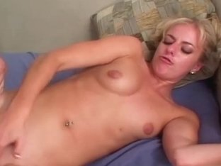 VelvetMag Video: Angela Stone