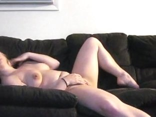 Amateur gets naked and horny