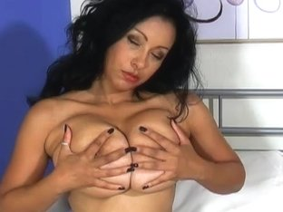 Video from AuntJudys: Deena