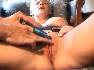 HandsOnOrgasms Video: Kitty Kat Alternate Closeup