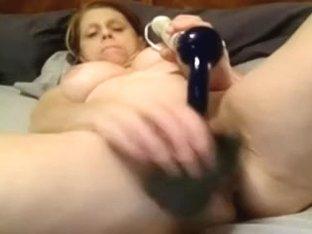Homemade granny porn shows the slut fingering her pussy