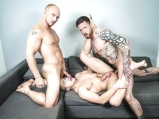 Jake Porter & John Magnum & Jordan Levine in 2 For 1 - MenNetwork