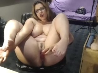 That experienced busty woman i'd like to fuck lady on webcam makes me her fan