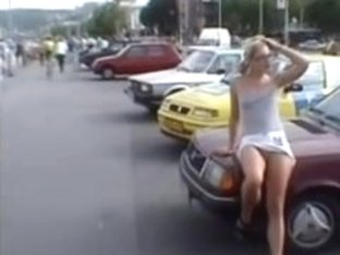 Upskirt Movie Cutie With No Pants Flashes Snatch In Public