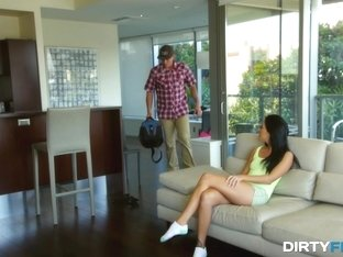 Dirty Flix - Cable guy harsh-fucking a teen