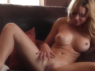 Beautiful blonde Kayden Kross comes warmed up by her hands