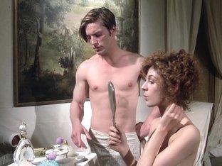 Stefania Casini and Dominique Darel in Blood for Dracula (1974)