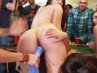 Awesome college party featuring Diamond Kitty