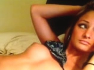 Hawt vixen positions for her web camera