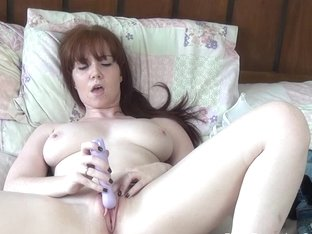 The Female Orgasm: Candi Blows Takes off her Jeans