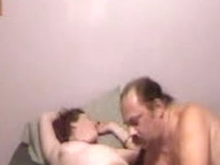 Amateur husband gave his wife a night fisting to save marriage