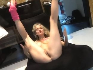 I'm facialized in this homemade blonde porn video