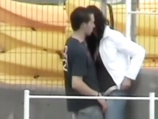 Voyeur tapes a dude fingering his gf in public