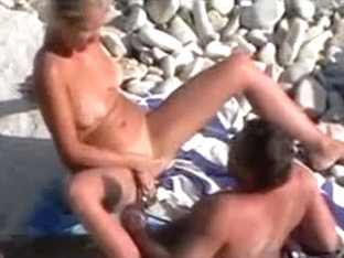 In Nature's Garb Pair Caught Fucking On The Beach By Voyeur Camera