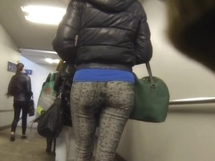 Candid - Nice Ass In Tight Leggings