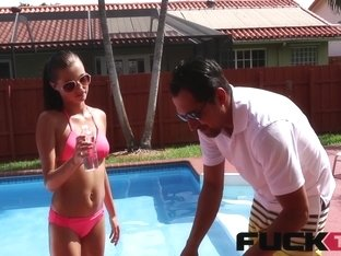 Carolina Sweets in Swimming In Semen