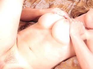 Shayla LaVeaux & Kris Slater in Seduced by a Cougar