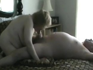 Fat mature woman makes a sextape with her husband