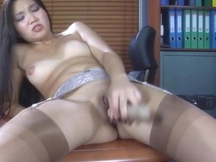 LacyNylons Video: Mima A
