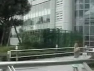 Public sharking video showing a hot Japanese chick