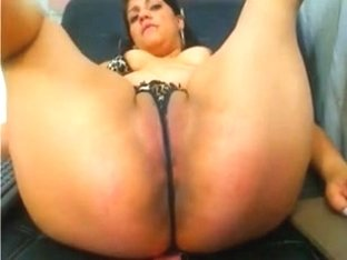 Big ass latina opens wide