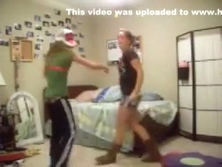Fabulous twerking web camera solo movie scene
