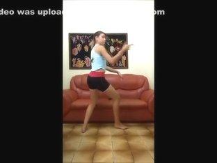 Insane twerk livecam dance episode