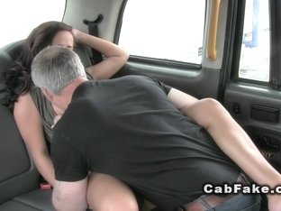 British lady gets creampie in cab