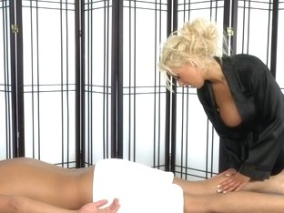 Massage-Parlor: The Twins