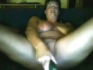 German Milf masturbating on skype