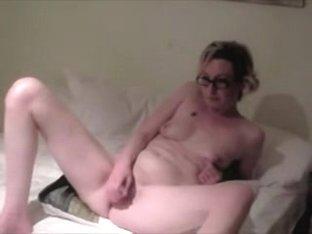 Wife bonks her holes then hubby