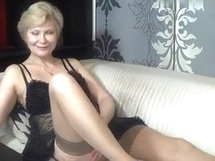kinky_momy amateur record on 07/09/15 10:18 from MyFreecams