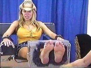 Adult Erotic Stories Female Torture