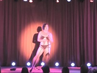 Burlesque Strip SHOW-34 Ava Dahl