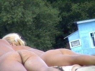 A couple of sexy nudists got ass slits on my voyeur cam