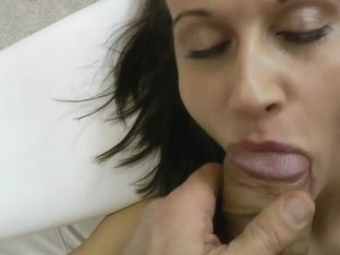 Kinky brunette with filthy mouth does a fine blowjob