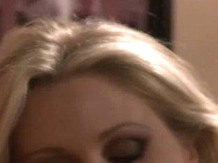 Pornstars Julia Ann and Samantha Ryan