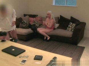 Sexy blonde amateur orgasms on agents cock