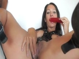Toying her tight dark hole with her sex toy
