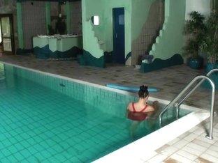 Hotelpool missbraucht Teil 1