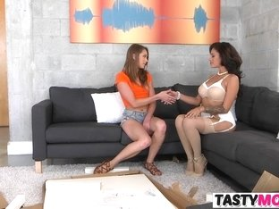 Lusty Exchange With Hot Mom And GF