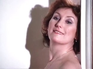 Lady Stay Dead (1981) Deborah Coulls, Louise Howitt and Other