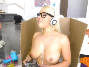 Hge Natural Tits Game Fanatic Fucking