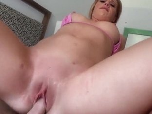 POV blowjob with glamourous blonde Jessica Heart